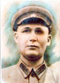 Из поколения в поколение передается фотография защитника Родины Алексея Федоровича Захаренко