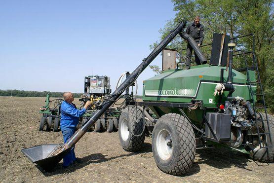 В районе идут весенние полевые работы