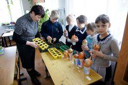 Учащиеся ООШ № 19 со школьной скамьи познают технологию  выращивания цветов