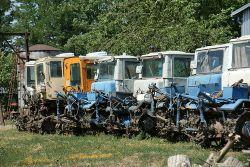 Думаете гусеничные тракторы ушли в прошлое сельского хозяйства? А нет. В КФХ Николая Ивановича Мухина эта раритетная техника, благодаря бережному отношению, еще на ходу