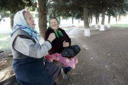 Людмила Ивановна Фарафонова и Любовь Игнатьевна Никулина живут в маленьком поселке почти полвека.
