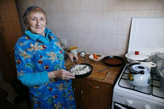 Татьяна Николаевна Скороходова вкусно кормит работников кооператива