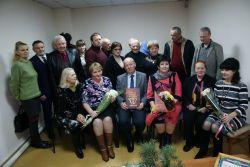 На мероприятии собрались представители власти, руководители организаций, читатели, друзья, знакомые и герои документальной повести, посвященной 100-летию ВЛКСМ.