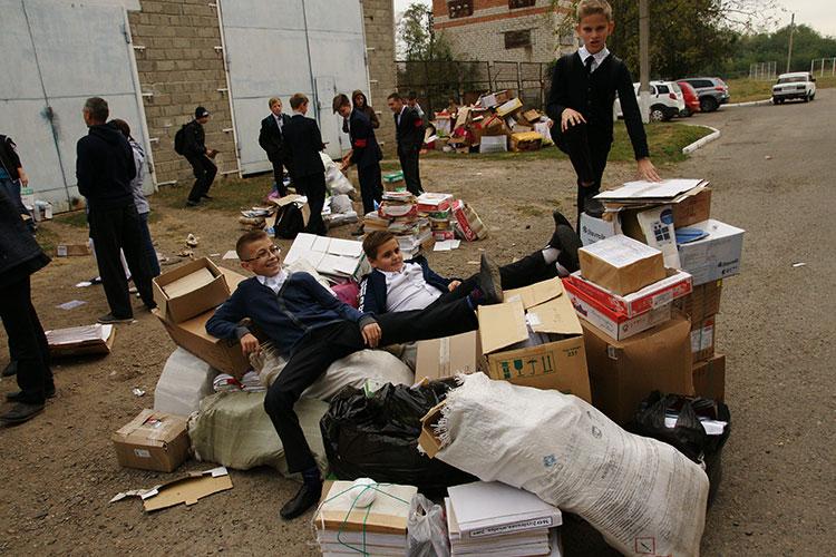 В понедельник учащиеся собрали а кг макулатуры сдача макулатура бумага в санкт-петербурге