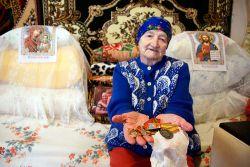 Евдокия Михайловна Осипенко заслужила немало наград за многолетнюю трудовую деятельность