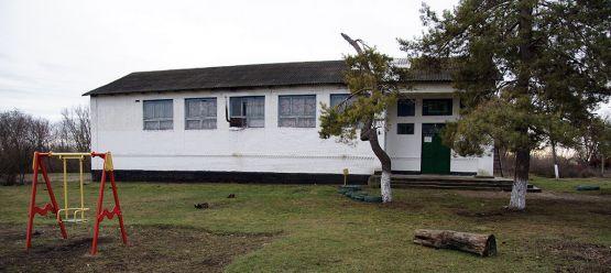 Сельский клуб в поселке Заречном