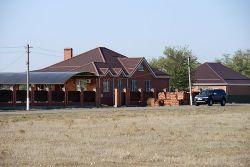 В хуторе Новый Мир есть красивые ухоженные дома