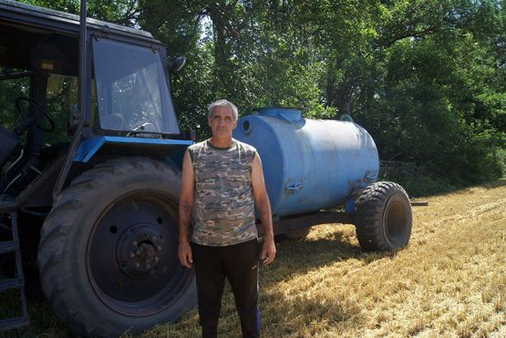 Виктор Пестов обеспечивает пожарную безопасность на уборке урожая