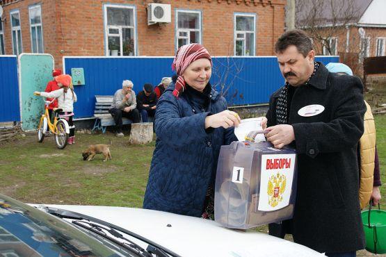 Любовь Ивановна Беляева проголосовала на дому