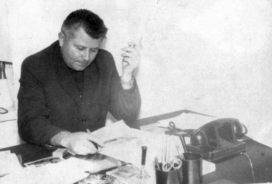 Анатолий Петрович Данченко на рабочем месте